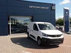 Objevte více informací o vozu Peugeot Partner Partner Active L1 650 1.5 BlueHDi 100k S&S MAN5