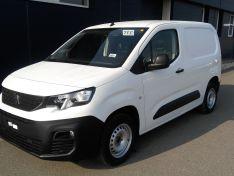 Objevte více informací o vozu Peugeot Partner Active L1 650 1.5 BlueHDi 100k  MAN5