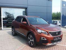 Objevte více informací o vozu Peugeot 3008 ALLURE 1.2 PureTech 130 S&S MAN6