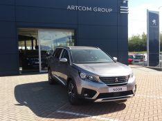 Objevte více informací o vozu Peugeot 5008 ALLURE 1.5 BlueHDI 130 S&S MAN6