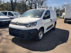 Objevte více informací o vozu Citroën Berlingo VAN Van Plus L2 1,5 BHDi 130 k MAN6